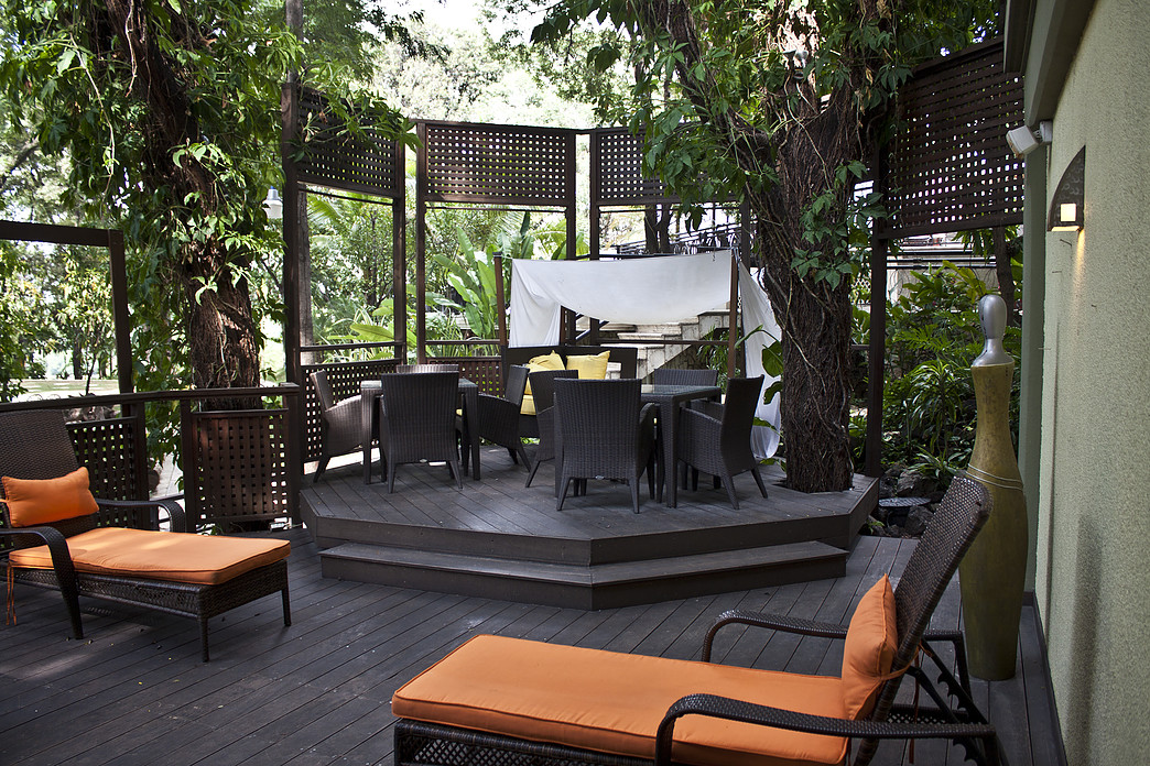 Zen outdoor space